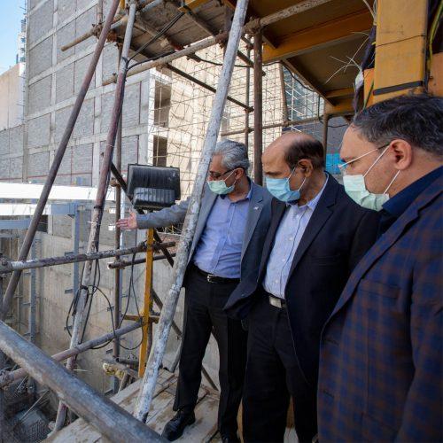 Oil minister's advisor visits project of Vozara
